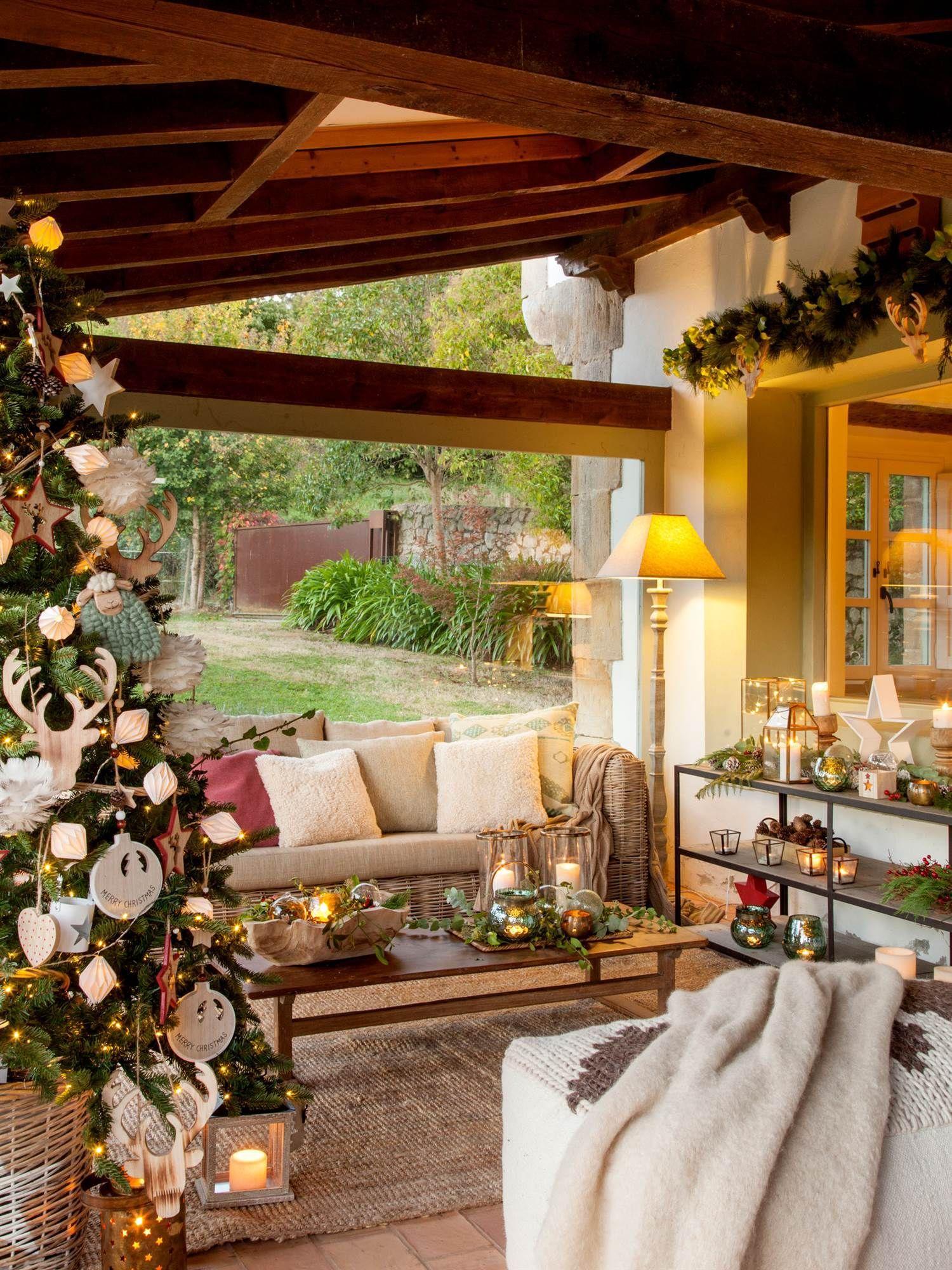 Photo of 00445079 O. Porche rústico decorado de Navidad 00445079 O Arte