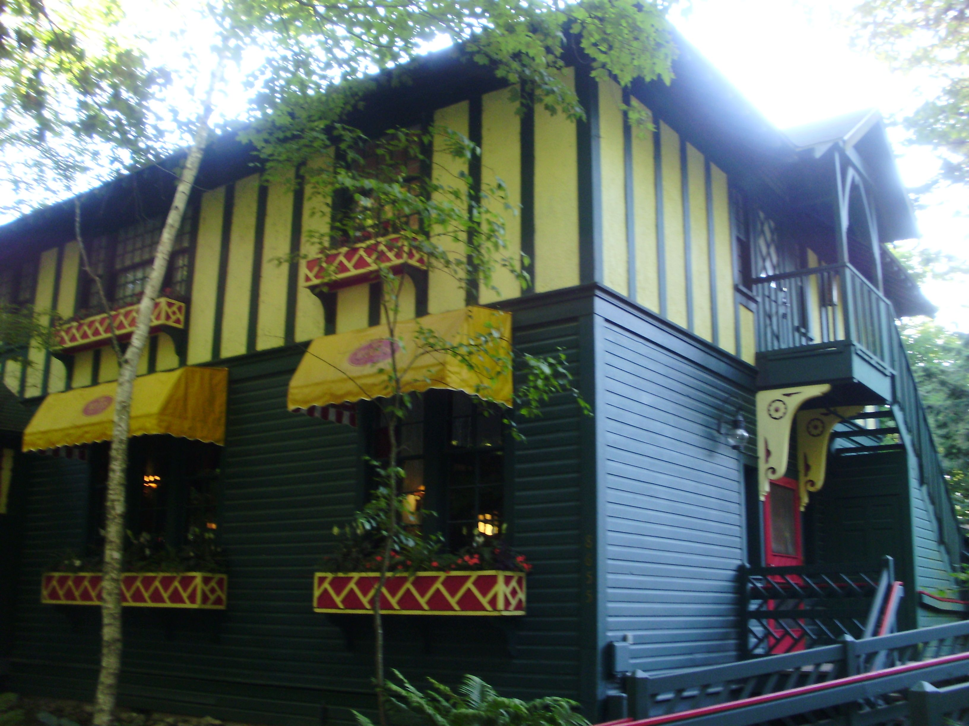 The Woods Restaurant On Mackinac Island Mi Is Operated By The Grand