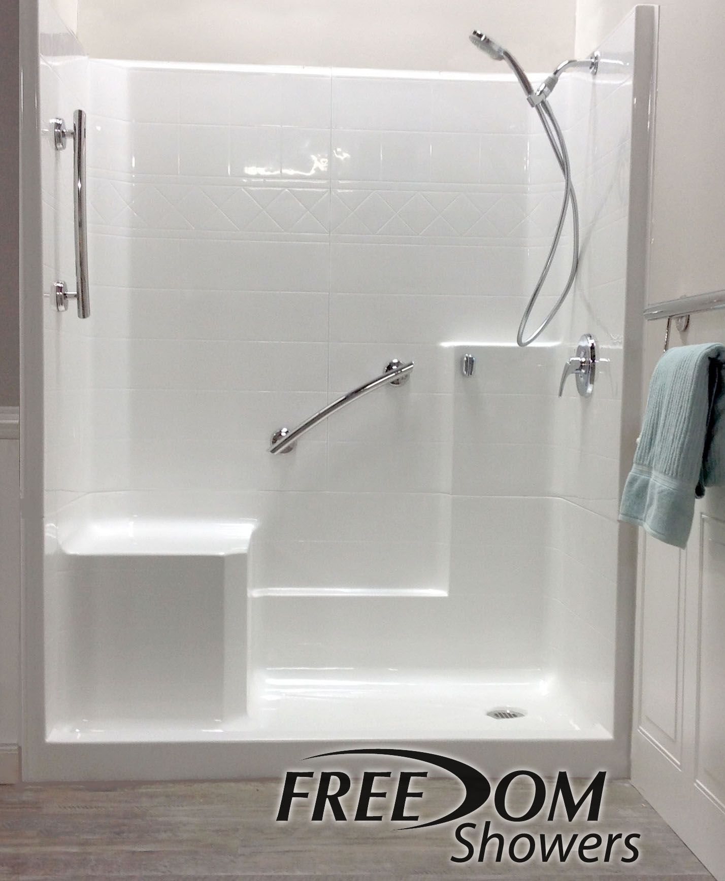 Freedom Easy Step Shower Left Seat 3 Piece 60 X 33 With