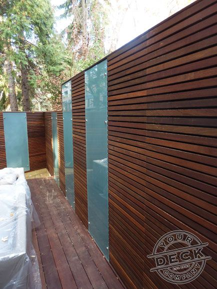 Horizontal Slats Using Ipe Hardwood And Acid Etched