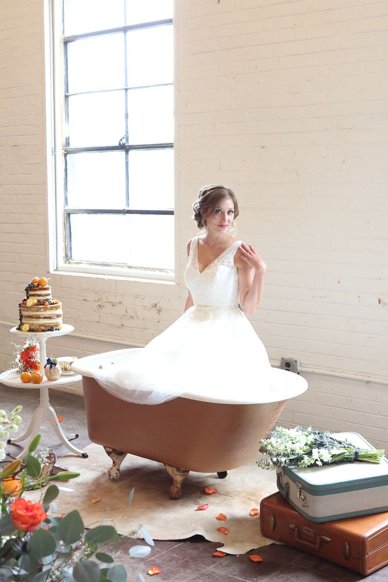 WHIMSICAL & QUIRKY AUTUMN WEDDING INSPIRATION WITH A BATHTUB BRIDE ...