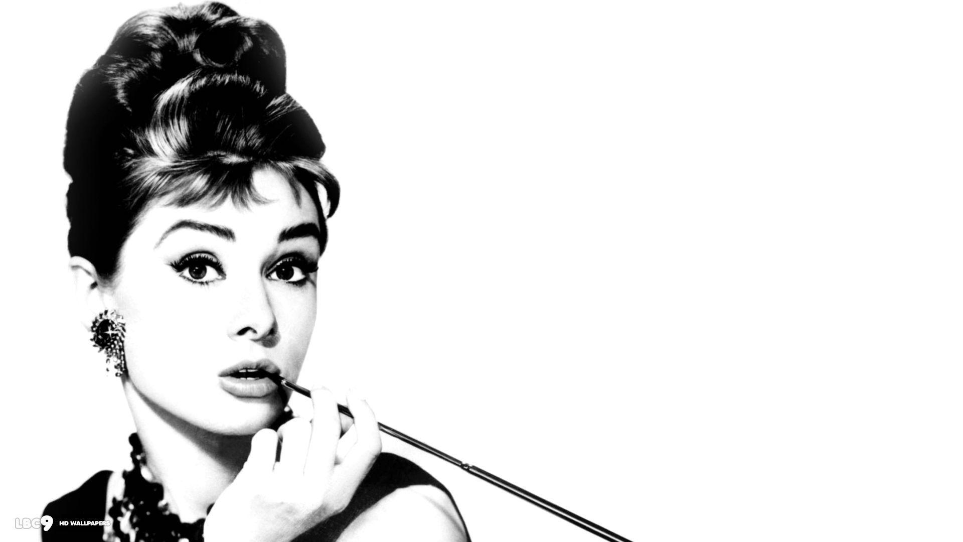 Audrey Hepburn Wallpaper 49 Hintergrundbilder Audrey Hepburn