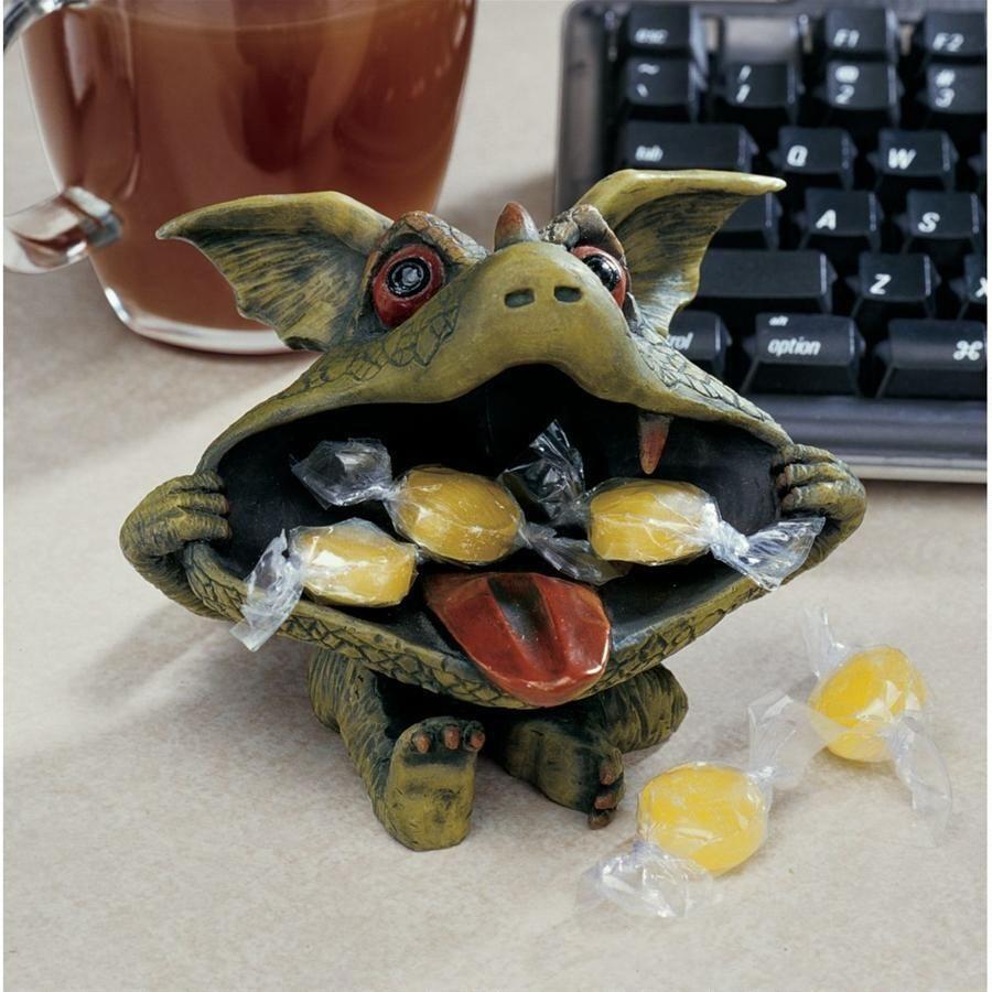 Desktop Gothic Goblins: Dieter The Dragon