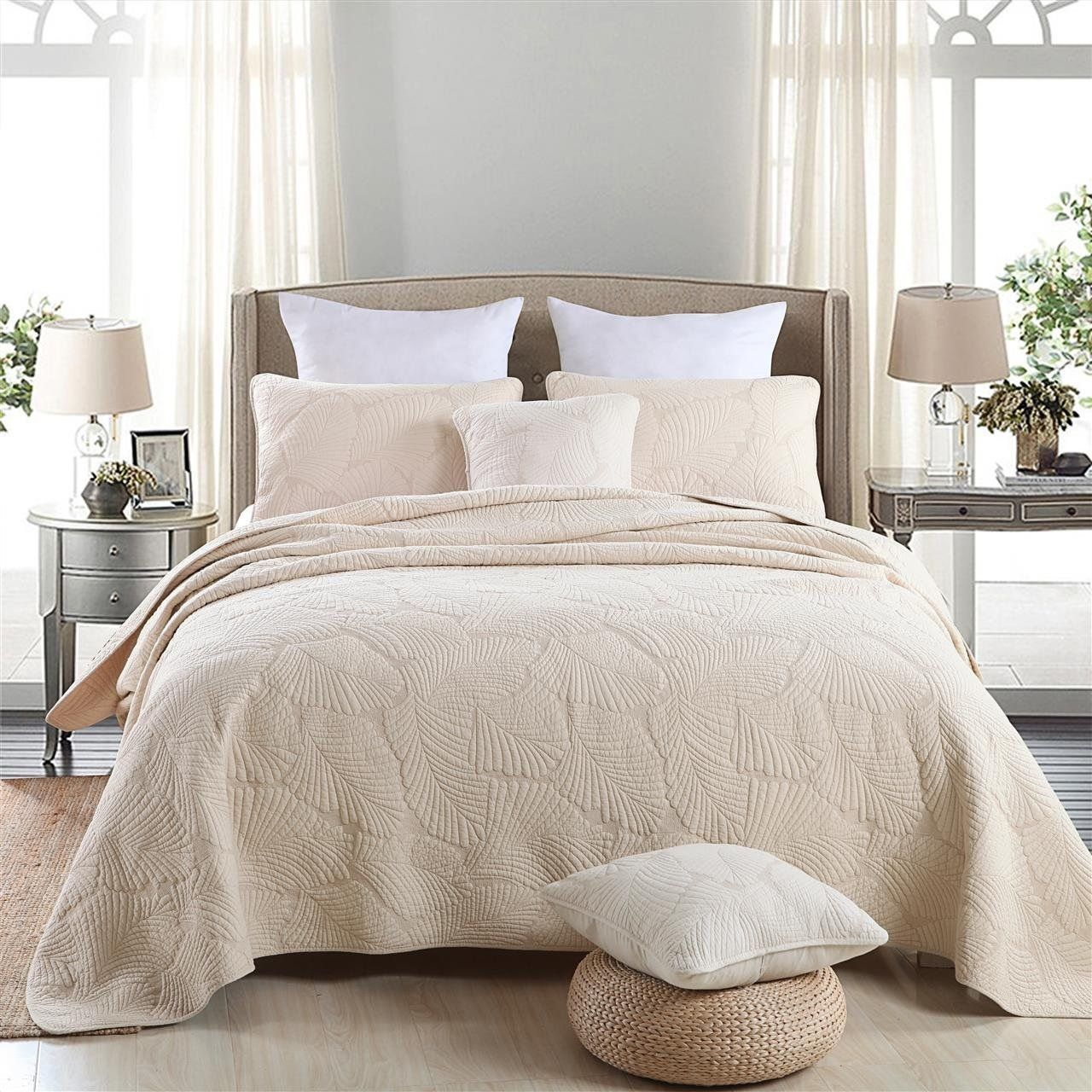 colors headboard red paint full bedroom comforter white sets gray and wall bedding with luxury quilt quilts design queen comforters
