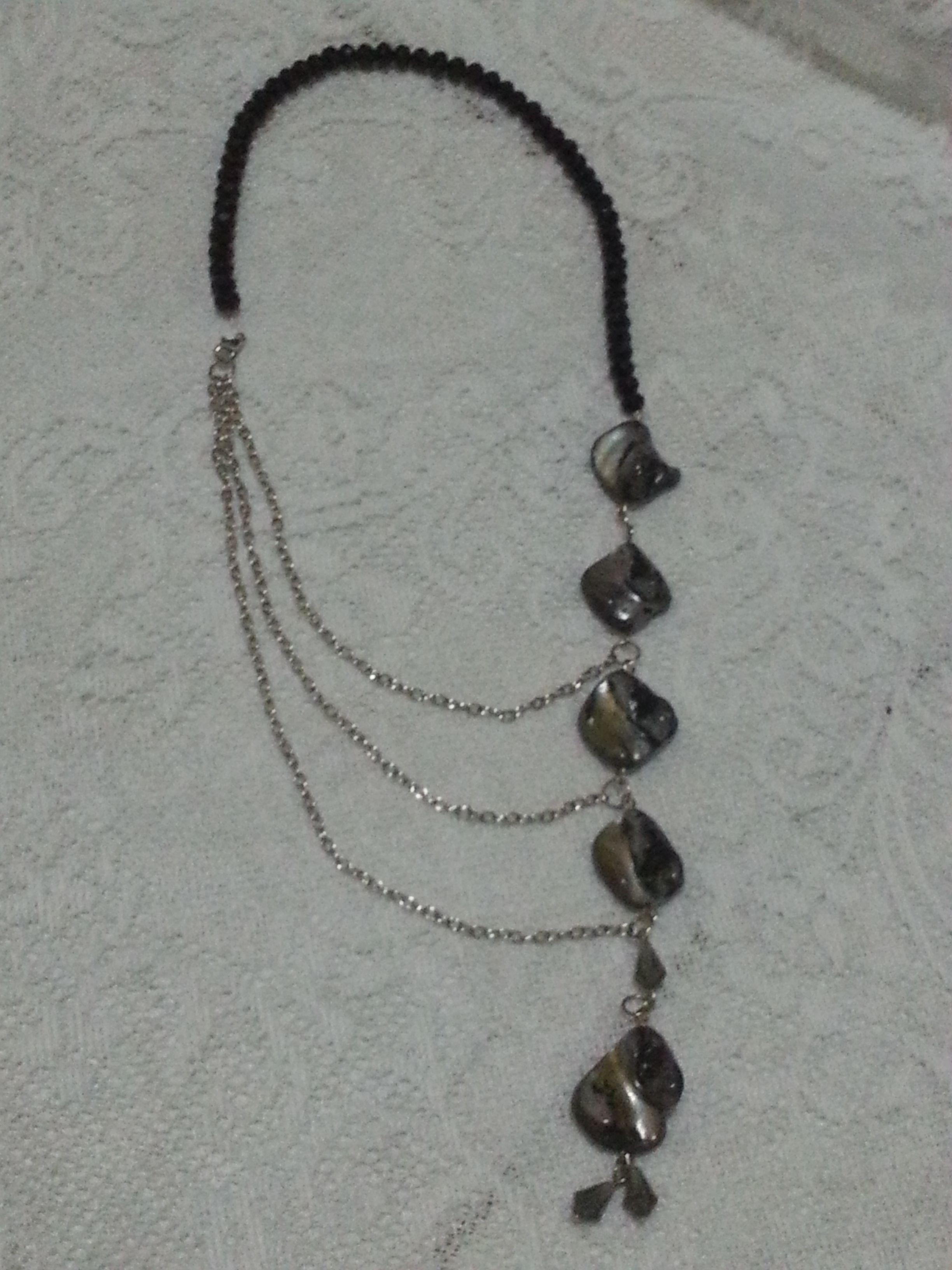 Black necklace variation