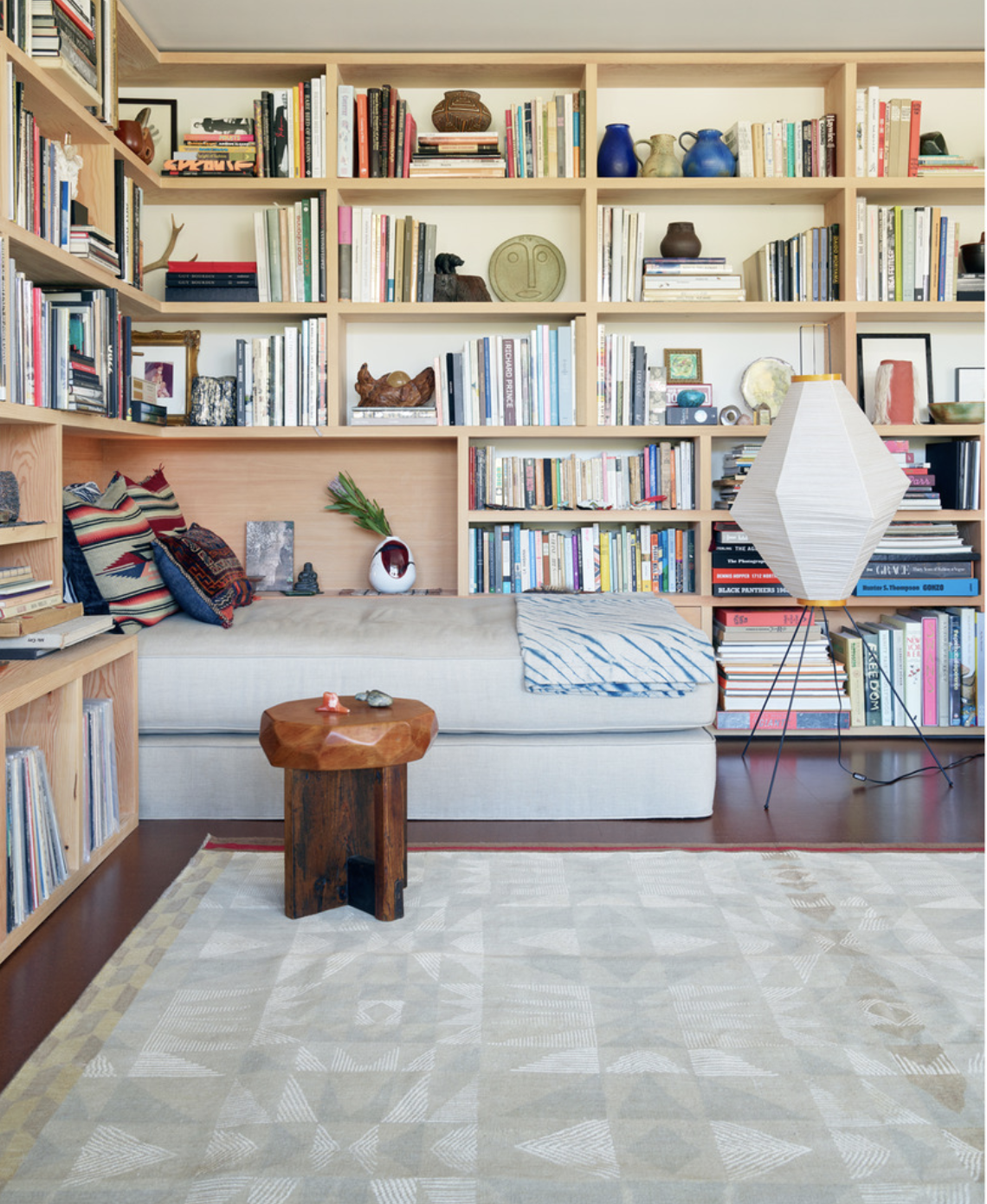 Love neutral colors with bright accents love the reading nook