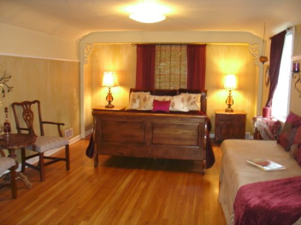 burgandy and gold bedroom pics   Burgundy And Gold Master ...
