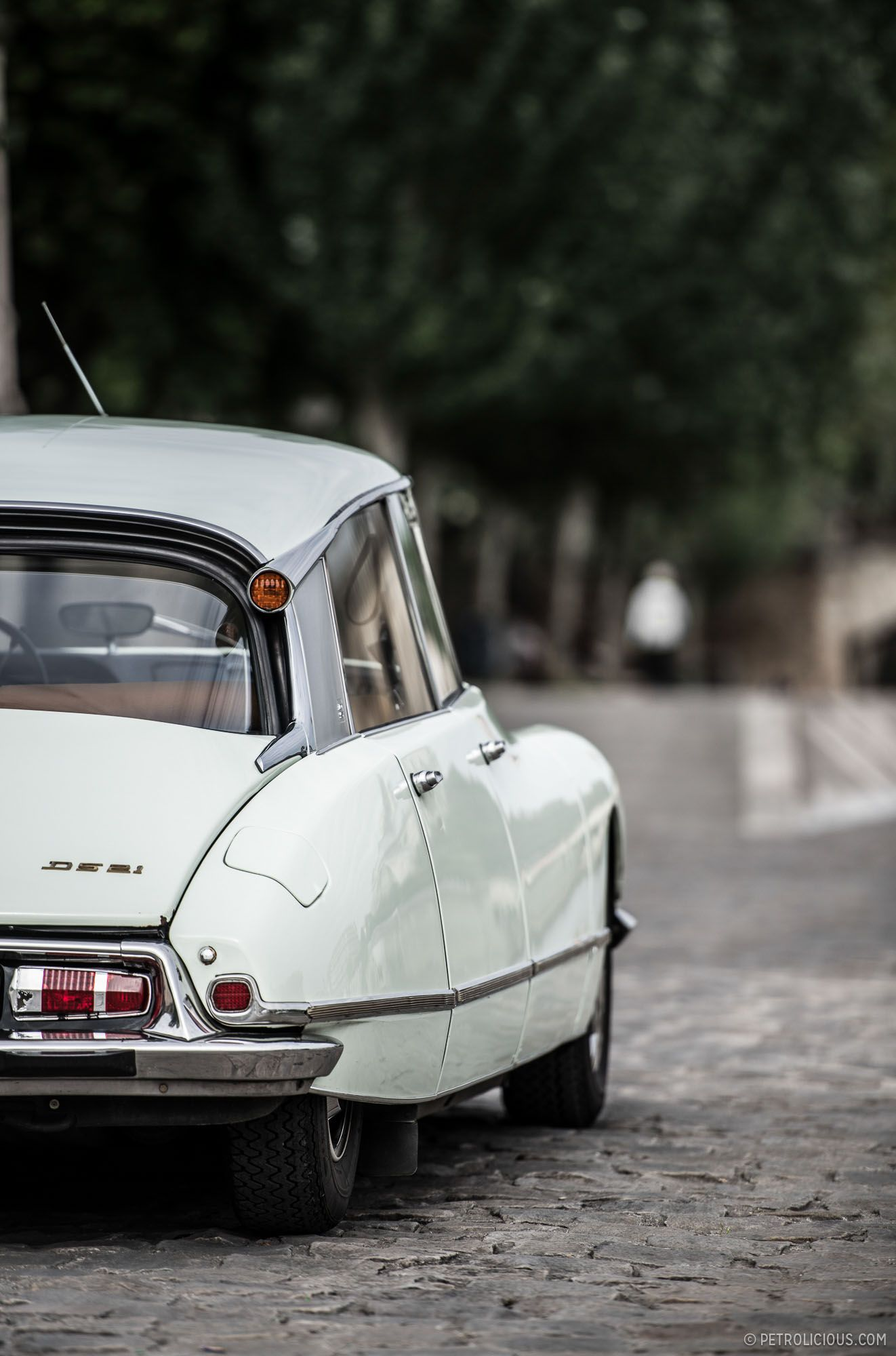 Why the Citroën DS Is Collectable • Petrolicious