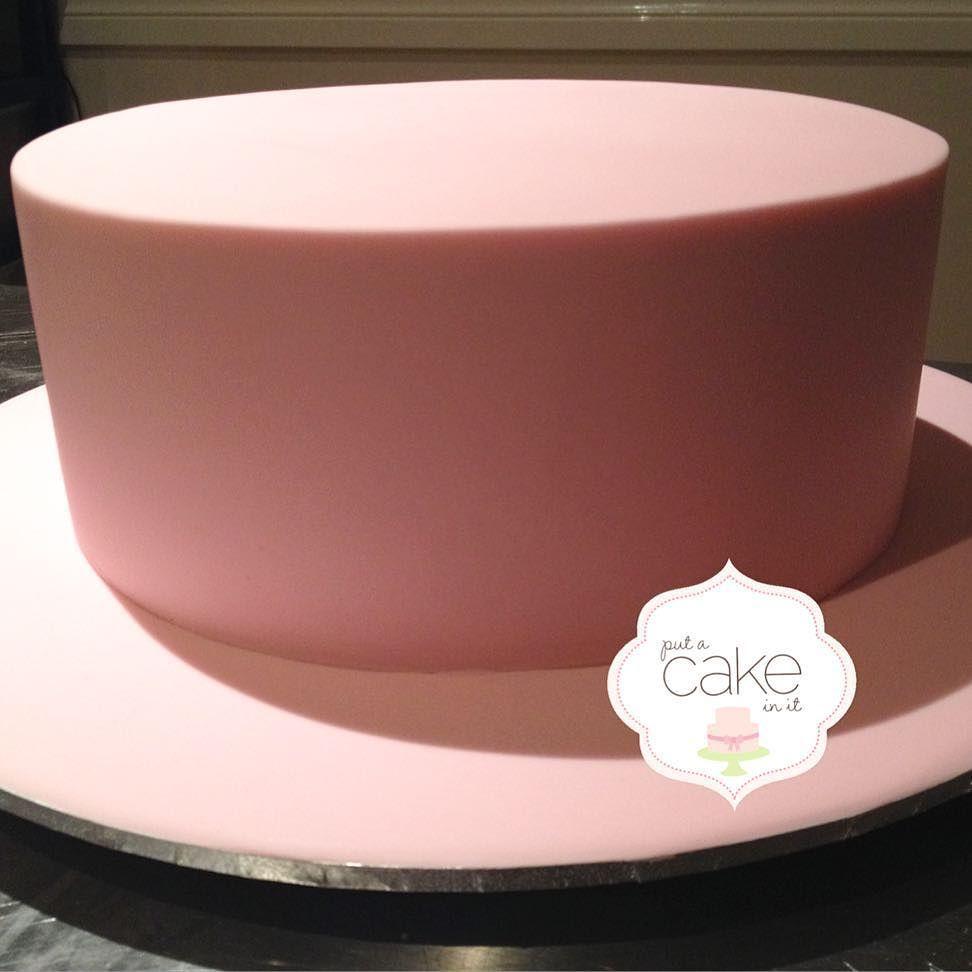 Cake and board are iced ready for decorating! #prettyinpink #blankcanvas #whitechocraspberry #inthenightgarden #putacakeinit