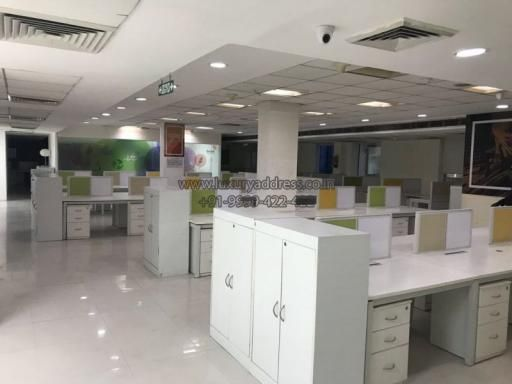 Luxuryaddress Co In Offers A Fully Furnished Office Space For Rent