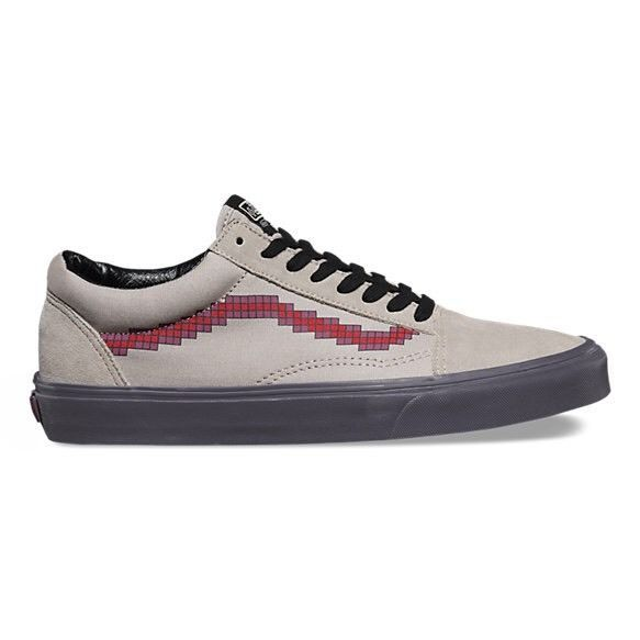 f37c02bd18 Brand New Size 9 5 Mens Nintendo Vans Old Skool NES Shoes w Box ...