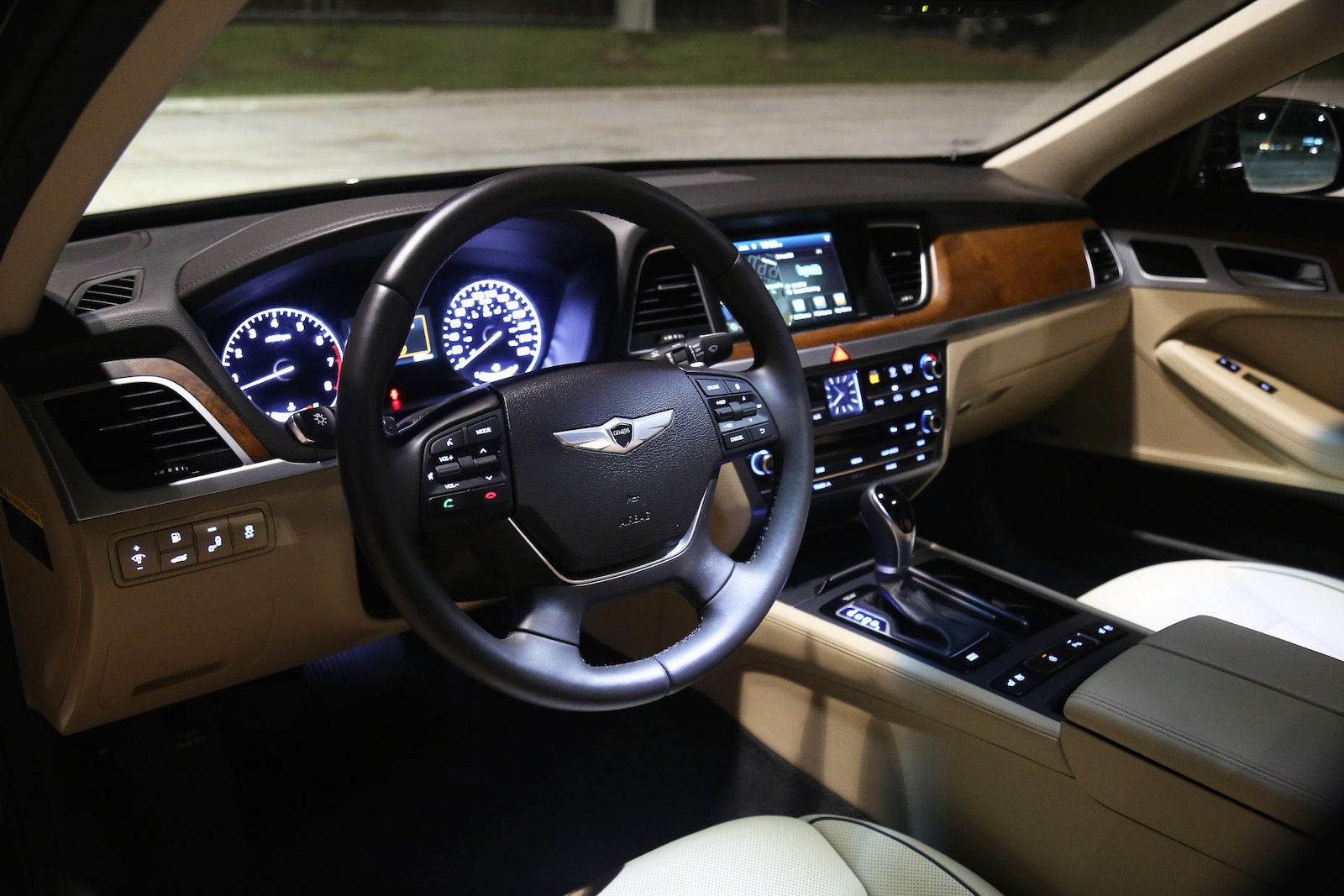 Hyundai Genesis Interior Specification    Http://www.designdellautomobile.com/2016 Images
