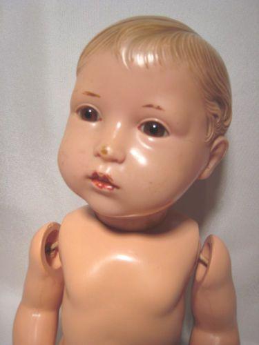 Seltene-Schildkroet-Celluloid-Puppe-Junge-mit-Miblu-Kopf