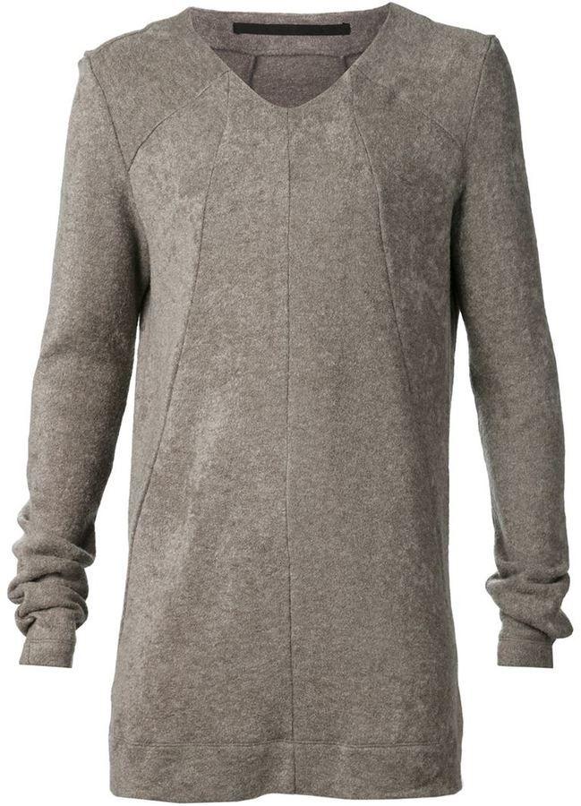 Julius v-neck sweater