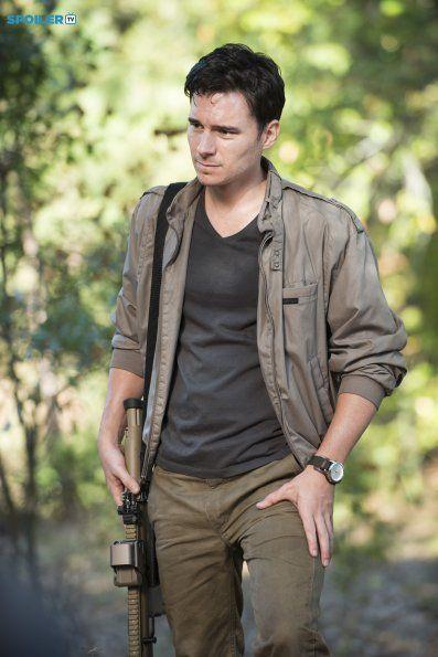 Photos - The Walking Dead - Season 5 - Promotional Episode Photos - Episode 5.12 - Remember - BTS - d3b764a0-28ba-7593-49e4-4580987e5933_TWD_512_GP_1007_0206