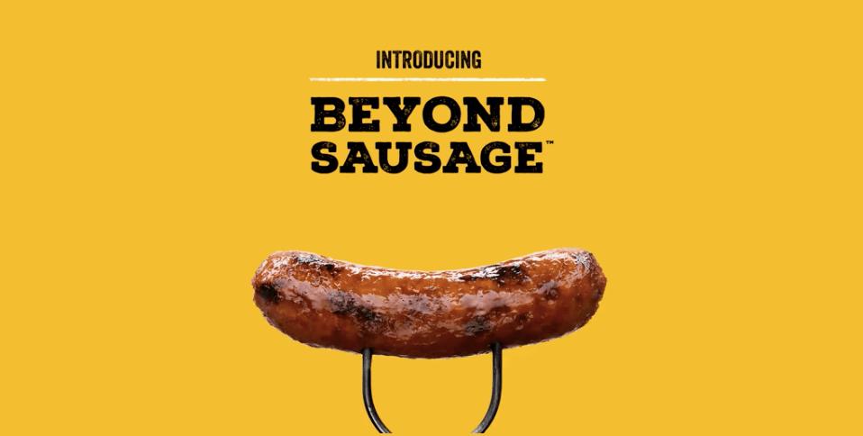 Beyond Meat Debuts Vegan Sausages Https Www Livekindly Co Beyond Sausage Beyond Meat Vegan Sausage Meat Sausage