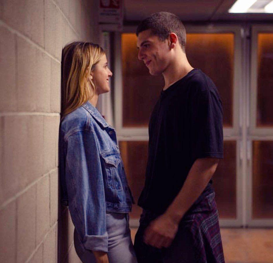 Pin de Hannah em Benedetta Porcaroli Netflix, Serie