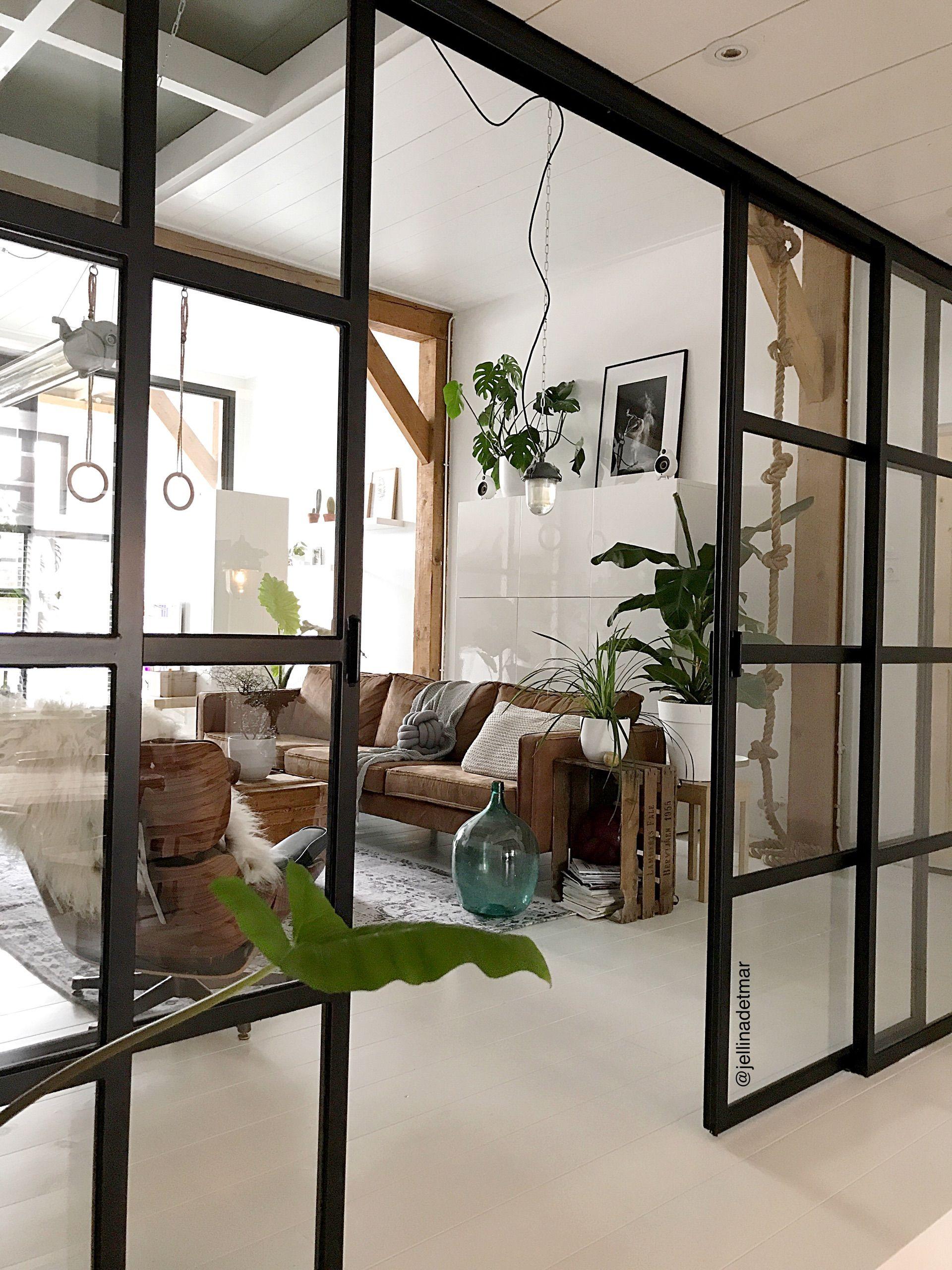 Woonkamer - Binnenkijken bij jellinadetmar | Escalera, Interiores y ...