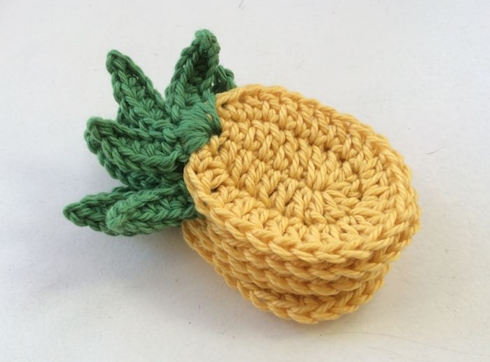 Tropical Pineapple Bunting A Free Crochet Pattern Mit Bildern Hakeln Muster