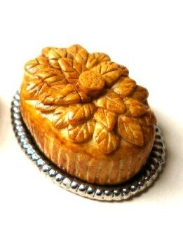 how to: decorative Victorian pies