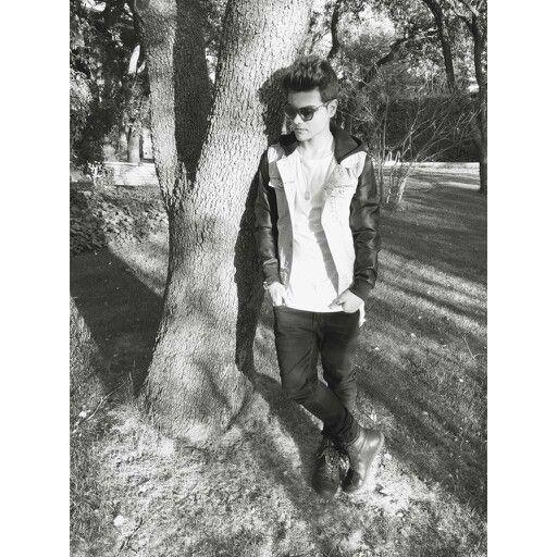 Abraham Mateo ♥ Abraham Mateo l'idolo piu perfetto del mondo Bel ragazzo, single, cantante spagnolo spanish singer Very cool. Beautiful Eyes and Hair El idolo de las Abrahamers Nuovo taglio di capelli♡ Occhi felini di un ragazzo stupendo Mi pagina en twitter @Abraham_Italia la comparto con mis amigas @Abraham_Italia https://twitter.com/Abraham_Italia?s=08 la comparto con mis amigas (@Pame_Abraham https://twitter.com/Pame_Abraham?s=08 )