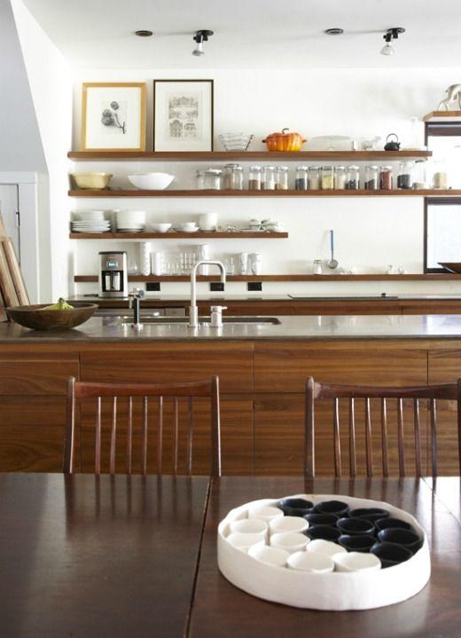 北欧風インテリアのおしゃれキッチン事例50 モダンなキッチンデザイン キッチンデザイン ミッドセンチュリー キッチン