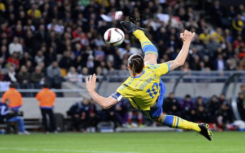 5 99 141 Zlatan Ibrahimovic Swedish Professional Striker