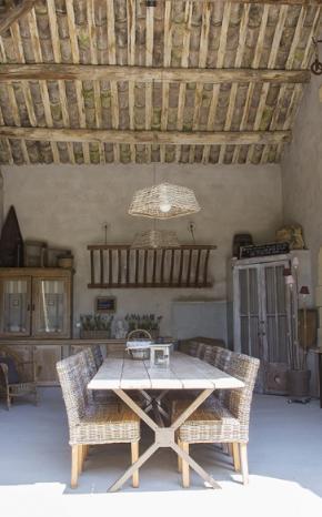 Le Mas des Ar´mes une grange qui fleure bon la Provence