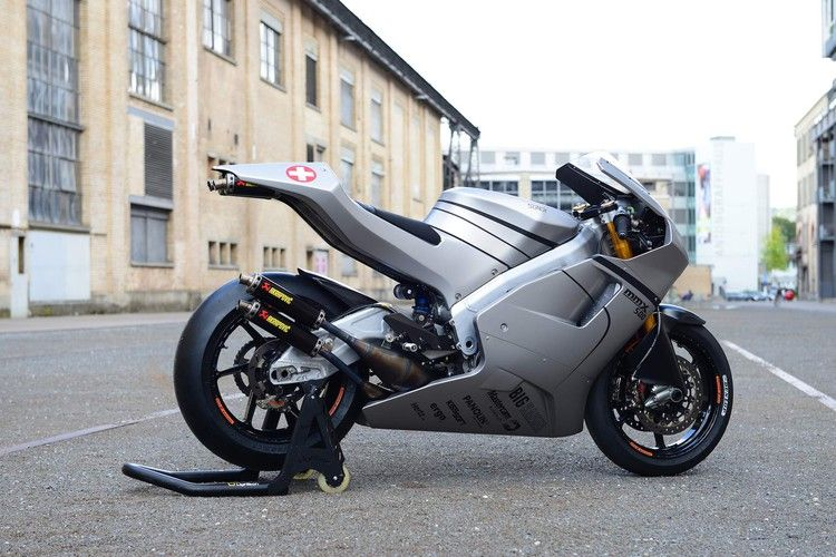 Suter S Mmx 500 Is A Two Stroke Gp Bike You Can Buy Motorcyclist
