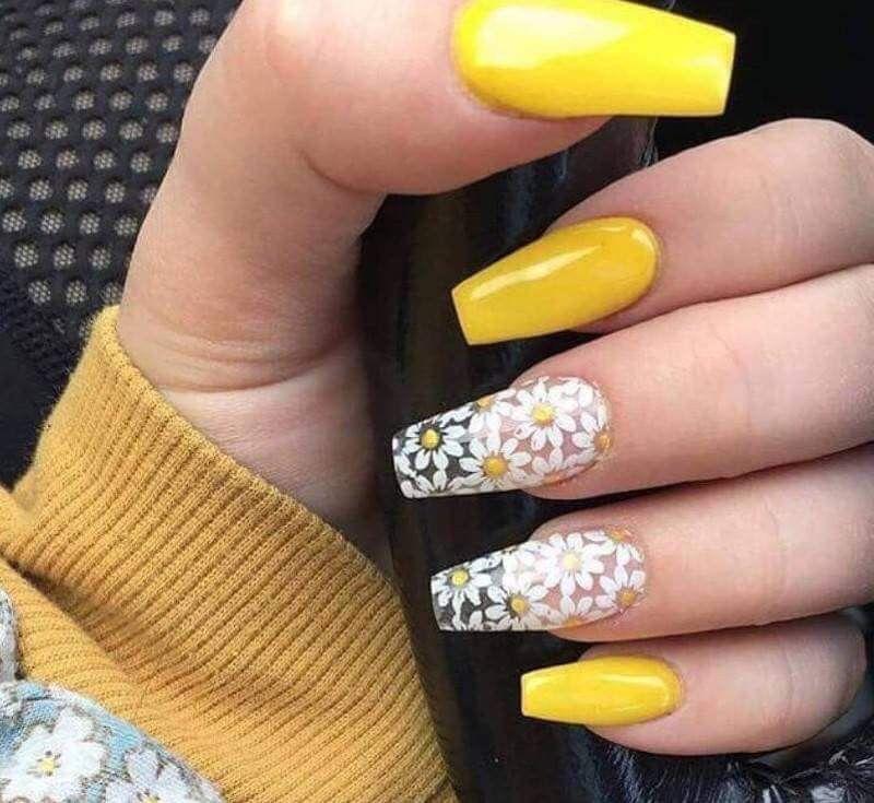 Uñas con acrílico de motivo de girasol | Nails | Pinterest | Nail ...