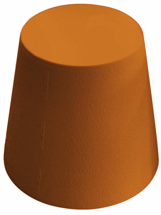 Tabouret Ali Baba - orange by Slide. Retrouvez nos tabourets design sur amateur de design: http://www.amateurdedesign.com/