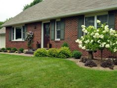 landscaping red brick ranch