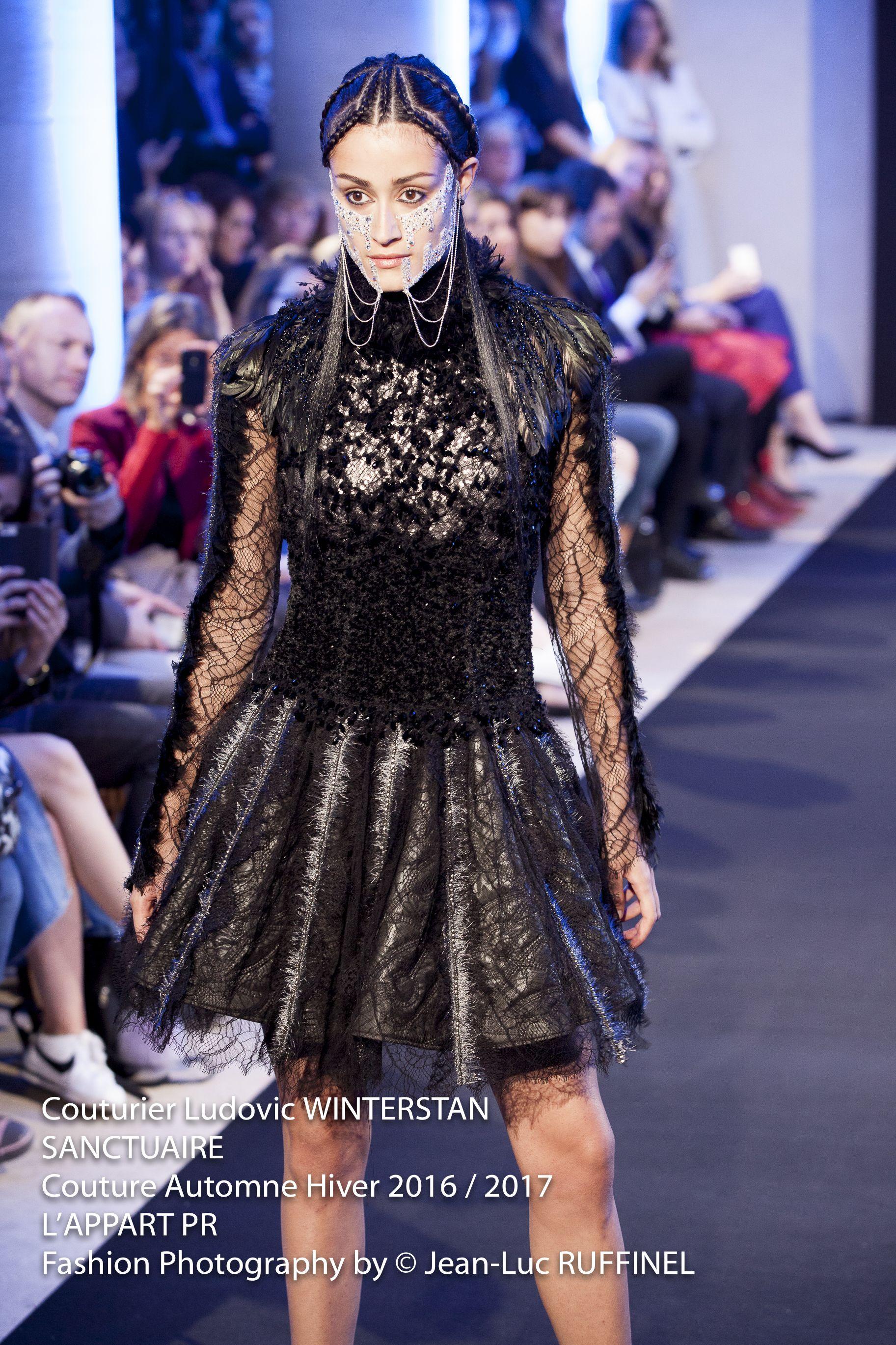 Couturier Ludovic WINTERSTAN SANCTUAIRE Couture Automne Hiver 2016 / 2017 Lu0027APPART  PR Fashion Photography