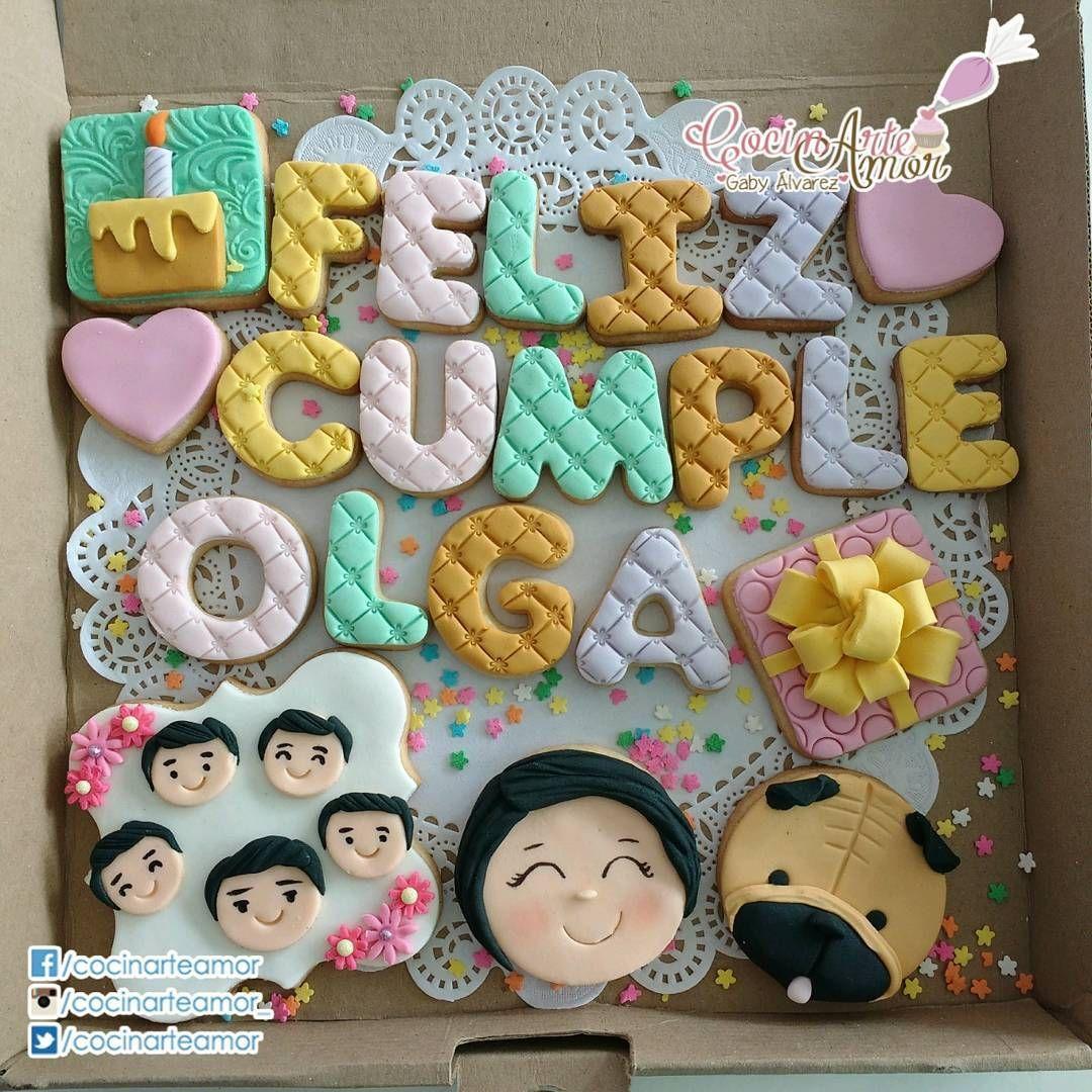 La Imagen Puede Contener 2 Personas Valentine Cookies Flower Cookies Cookie Business