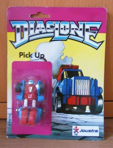 Diaclone Pick-Up. Look at the Design of packs by Joustra