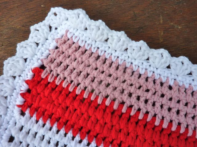 Free Crochet Edging Patterns | My Rose Valley: Crochet baby blanket Little Rainbow - Voila!