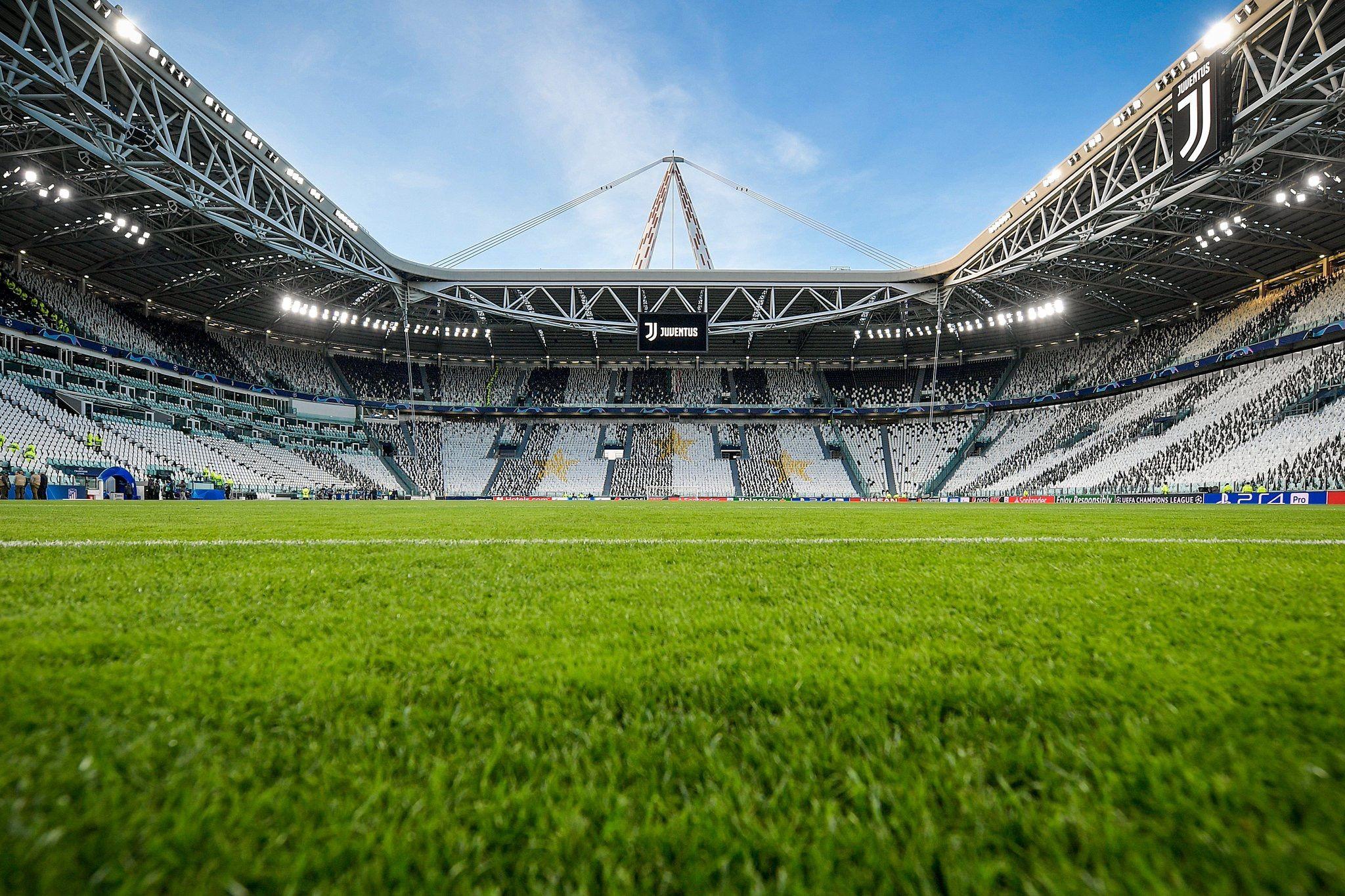 Pin Oleh Manuel Van Buyten Di Allianz Stadium Olahraga