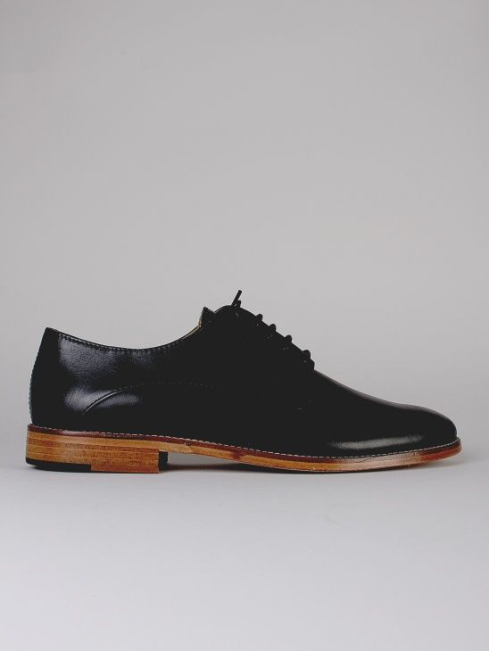 Göthberg shoes Whyred PRE AW 15 Aplace