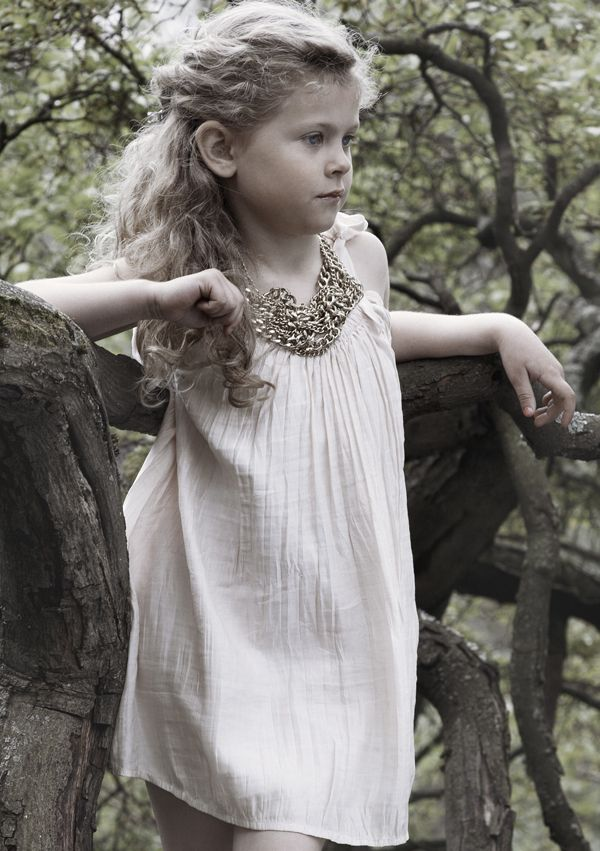 Flower Girl Fashion: Pale Cloud Couture