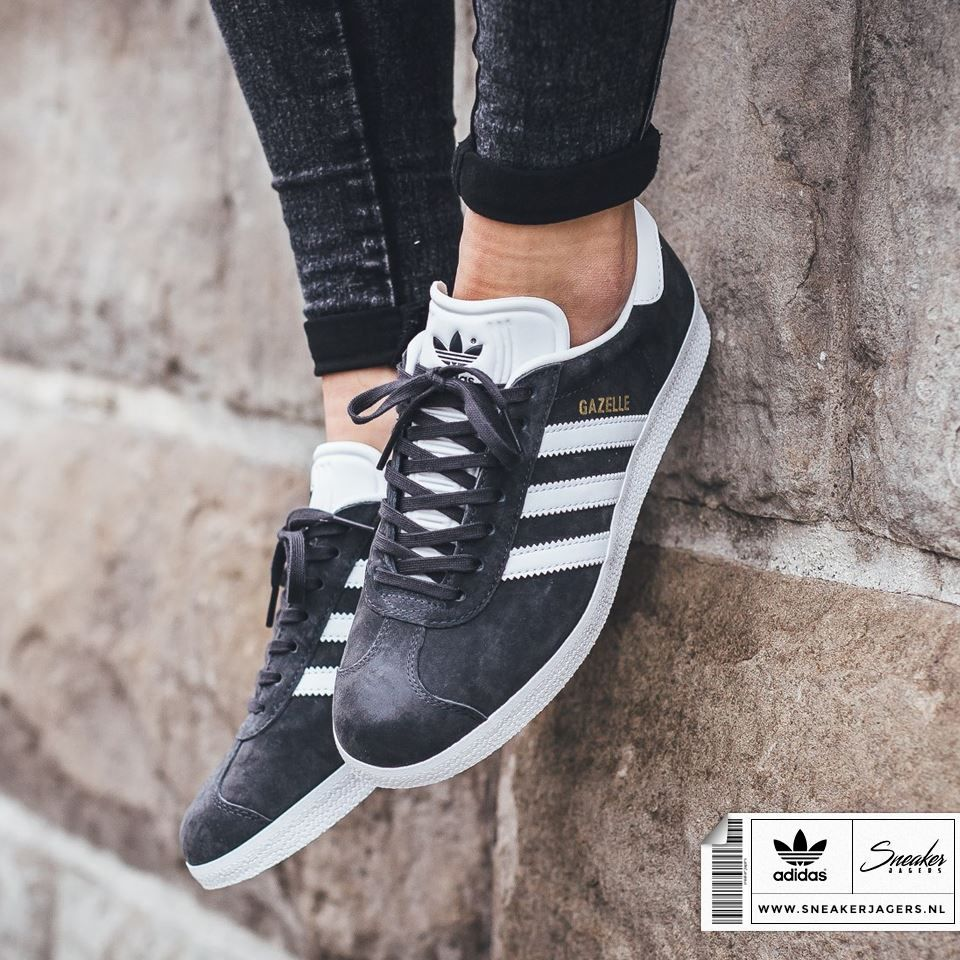 serie Conexión Sierra  Adidas Originals Gazelle Grey | Adidas fashion, Sneakers men fashion,  Classy shoes
