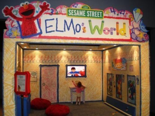 Meeting A Celebrity Elmo Dessert Table Elmo Birthday