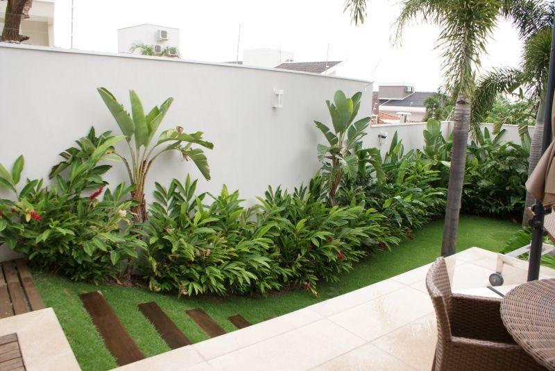 Jardim canto do muro hortas e jardins pinterest for O jardins d eglantine
