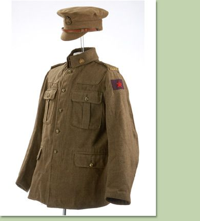 Http Www Glenbow Org Images Img Col Mmp Mp Hig 3 Jpg Jacket And Hat For The Russian Constable Fiddler On The Roof Fiddler Costumes