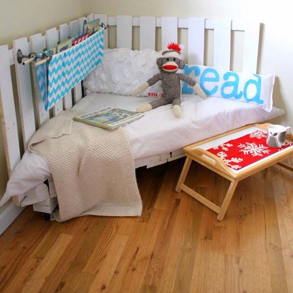 1000 images about diy on pinterest crate bookcase crates and pallet beds bedroomeasy eye upcycled pallet furniture ideas