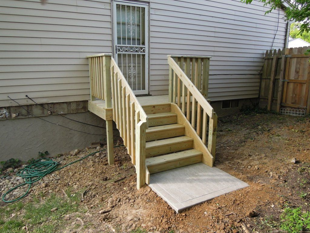 How to build exterior stairs with a landing deck stairs