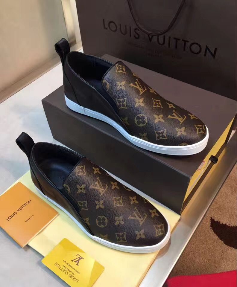 daf03d3594 LV shoes Louis Vuitton Shoes Sneakers