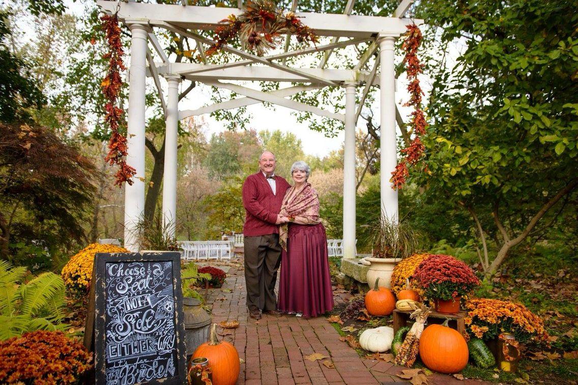 Fall Wedding At Elkridge Furnace Inn Elkridge Fall Wedding Table Decorations