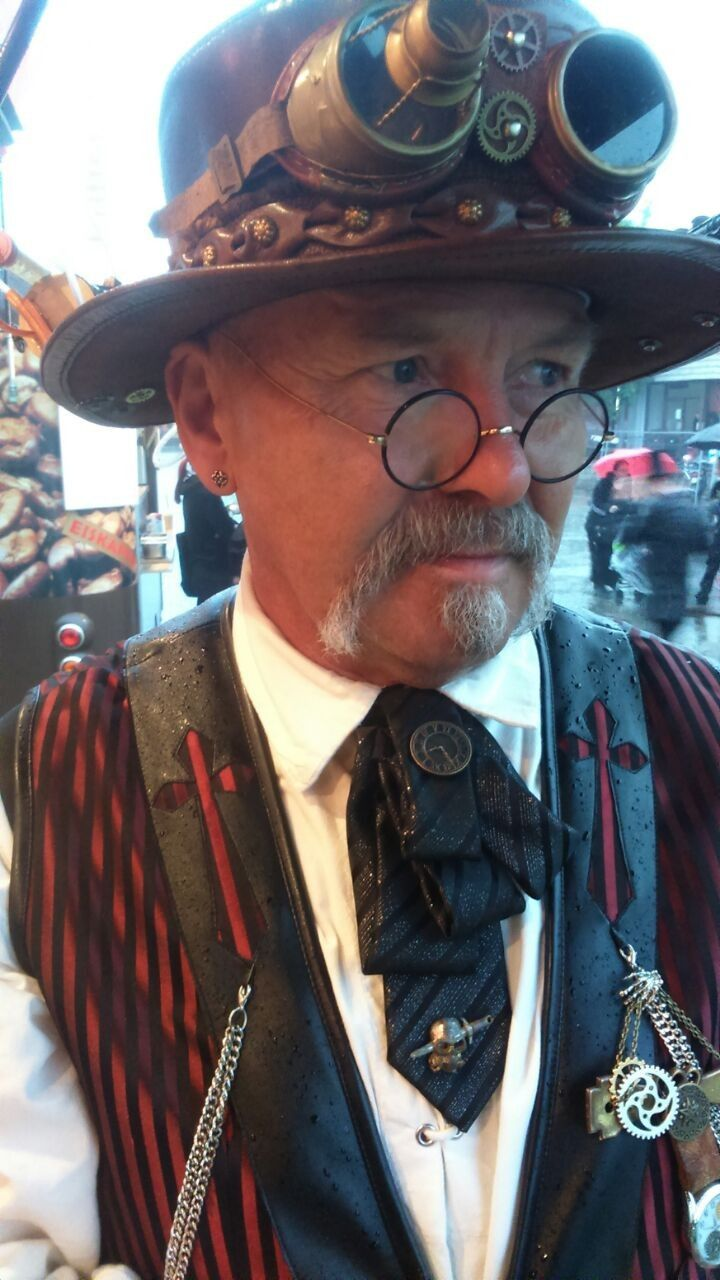 Pin by realtycenterboise on steam punk2 Steampunk men