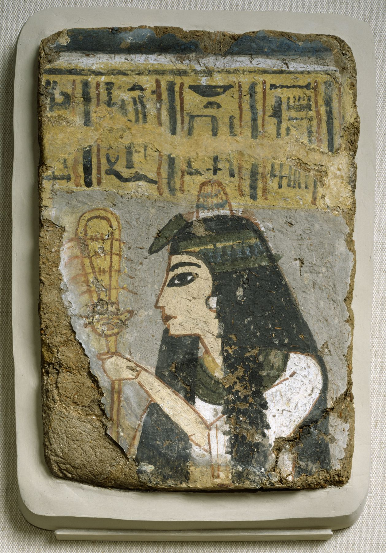 Ancient egyptian wall painting woman holding a sistrum for Egyptian mural art