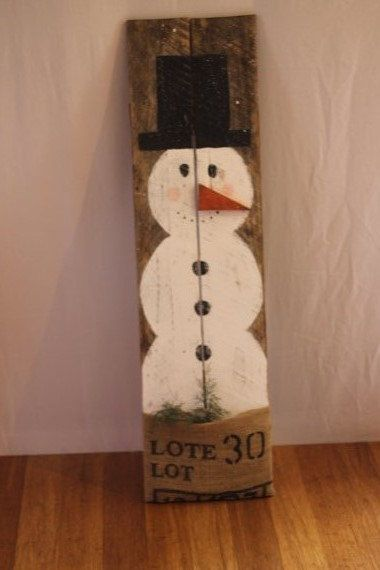 Snowman sign porch decor rustic reclaimed by for How to make a wood pallet snowman